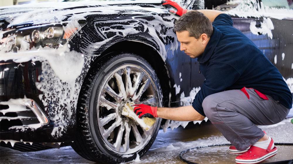 limpieza de vehiculos en bilbao